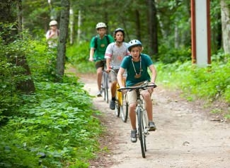<p><i>De cyklende danskere</i> on the trail to Bemidji State Park.</p>