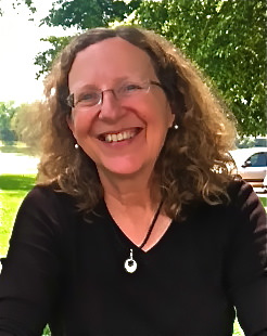 A picture of the author, Heidi Hamilton